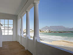 The Blue Peter Hotel offers comfortable accommodation in Bloubergstrand