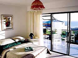 Cape Gull bed and breakfast inn located in Bloubergstrand