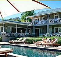 Plumbwood Inn offers romantic accommodation in Franschhoek