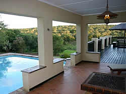 Aloe and Elephant Lodge offers luxury game farm accommodation close to Grahamstown