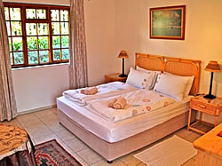 Hout Bay Lodge offers 3 star comfortable accommodation