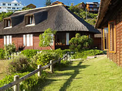 Brenton on Sea offers Beach house accommodation in Knysna