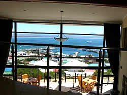 Bar-t-nique Guest House offers top quality corporate and tourist accommodation in Mossel Bay
